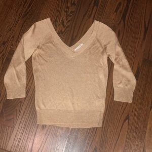 NWOT Gold thin sweater